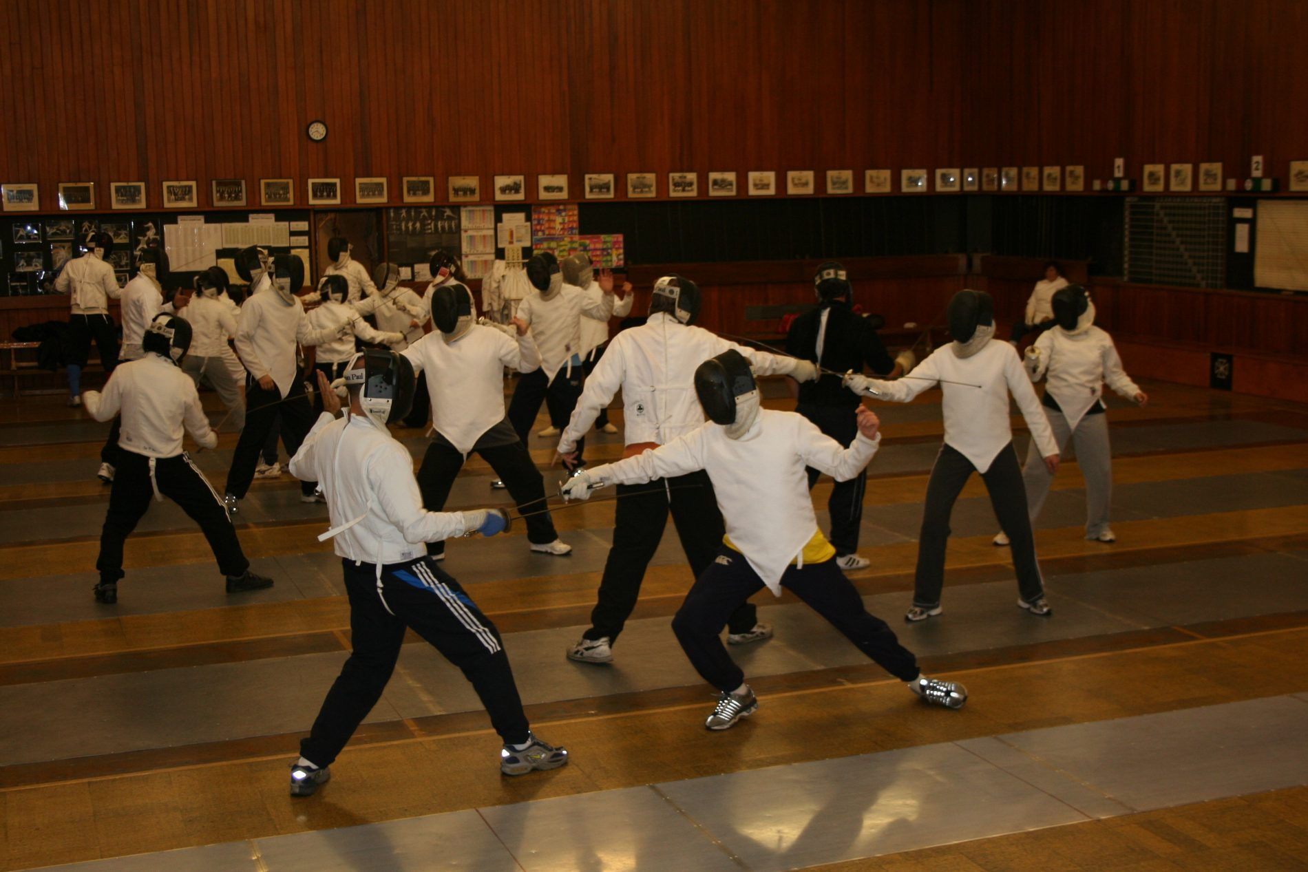 Fencing for adults – beginners course