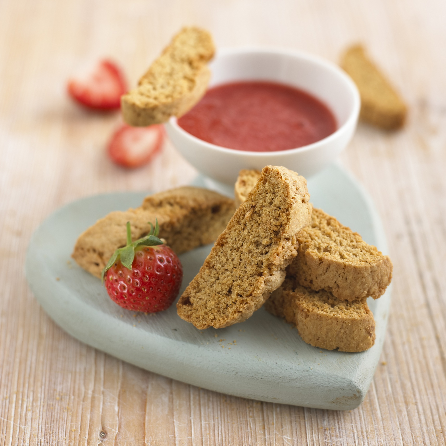 Recipe: ANNABEL KARMELS BABY BISCOTTI FOR TEETHING TOTS