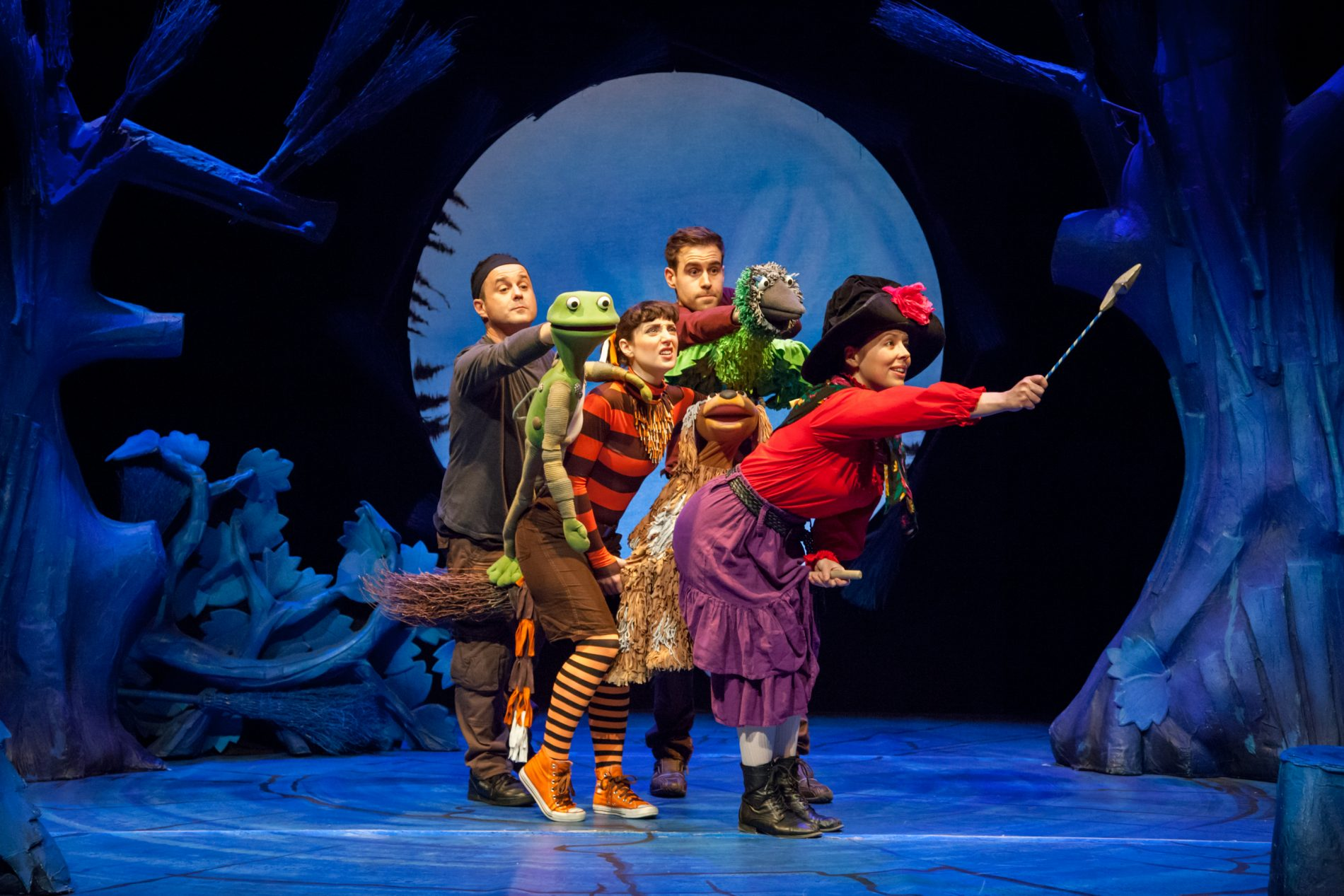 West End Show review: Room on the Broom - London Mums Magazine