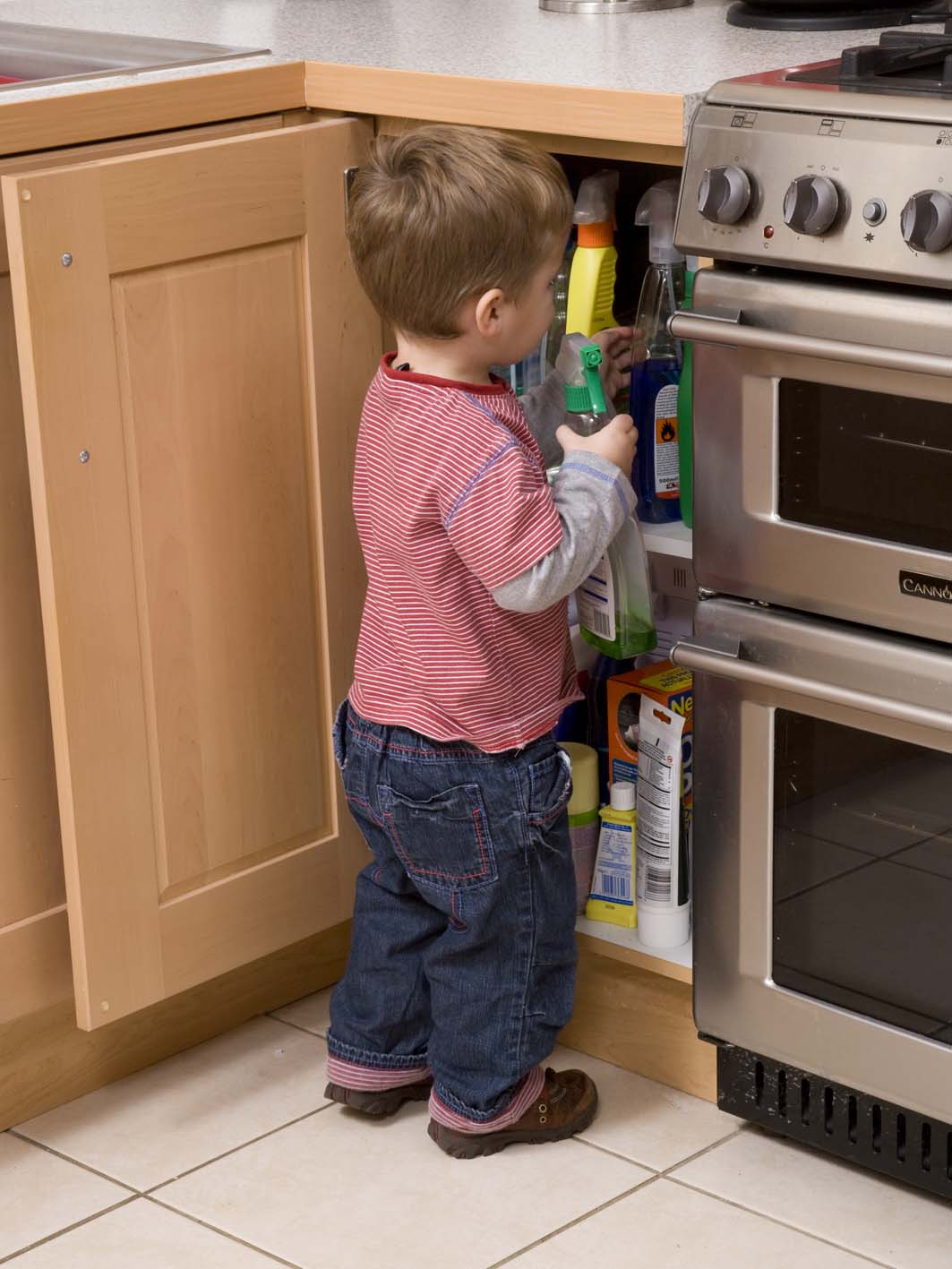 Child Safety Goes Down The Pan As British Parents Ignore