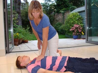child resuscitation child chest compressions