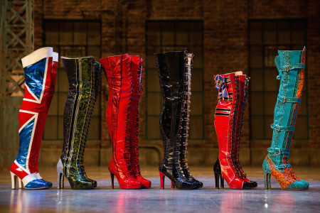 Kinky Boots - Boots photo Matthew Murphy