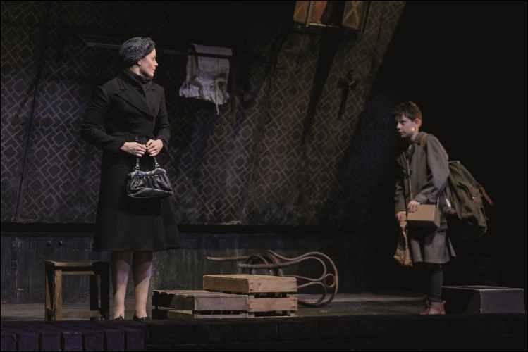 12. Melle Stewart and Alex Taylor-McDowall in Goodnight Mister Tom 2015 Credit Dan Tsantilis