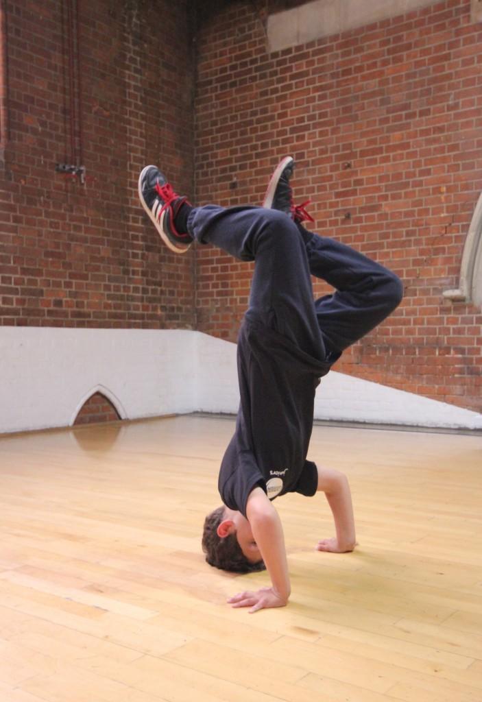 Leo headstand (1) (1)