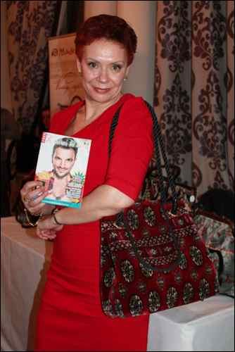 Mary Poppins' handbag irina