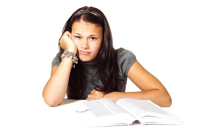 book-school-student-lr