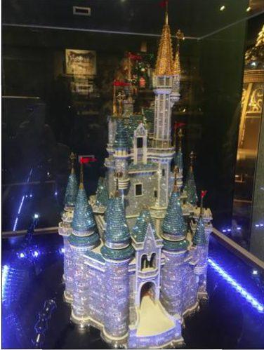 disney-cinderella-castle-swaroski-37500-pounds-photo