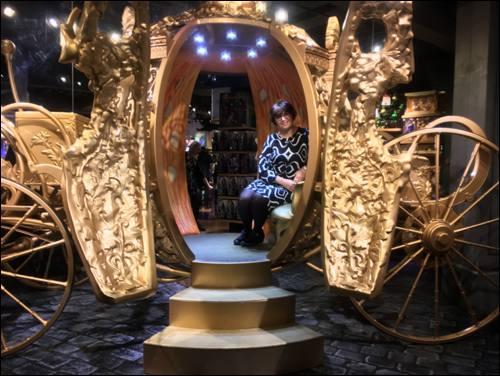 monica-cinderella-carriage-disney-photo