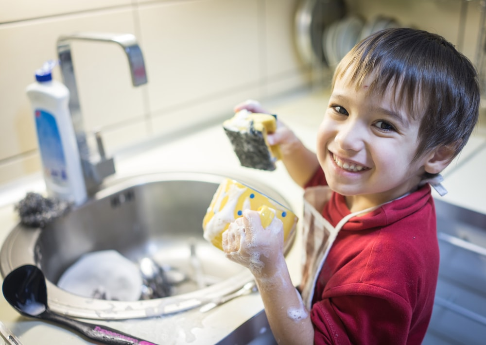 Let-Kids-Do-Housework